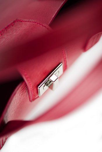 Vínová kabelka z exkluzivních italských třísločiněných kůži
